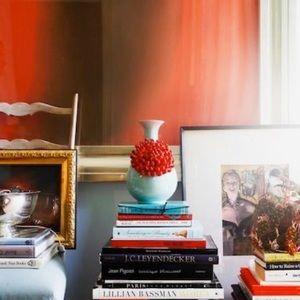 Anthropologie Accents - 🆕 Rare Anthropologie Curvy Chrysanthemum Vase